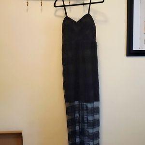 Black lace maxi dress size small